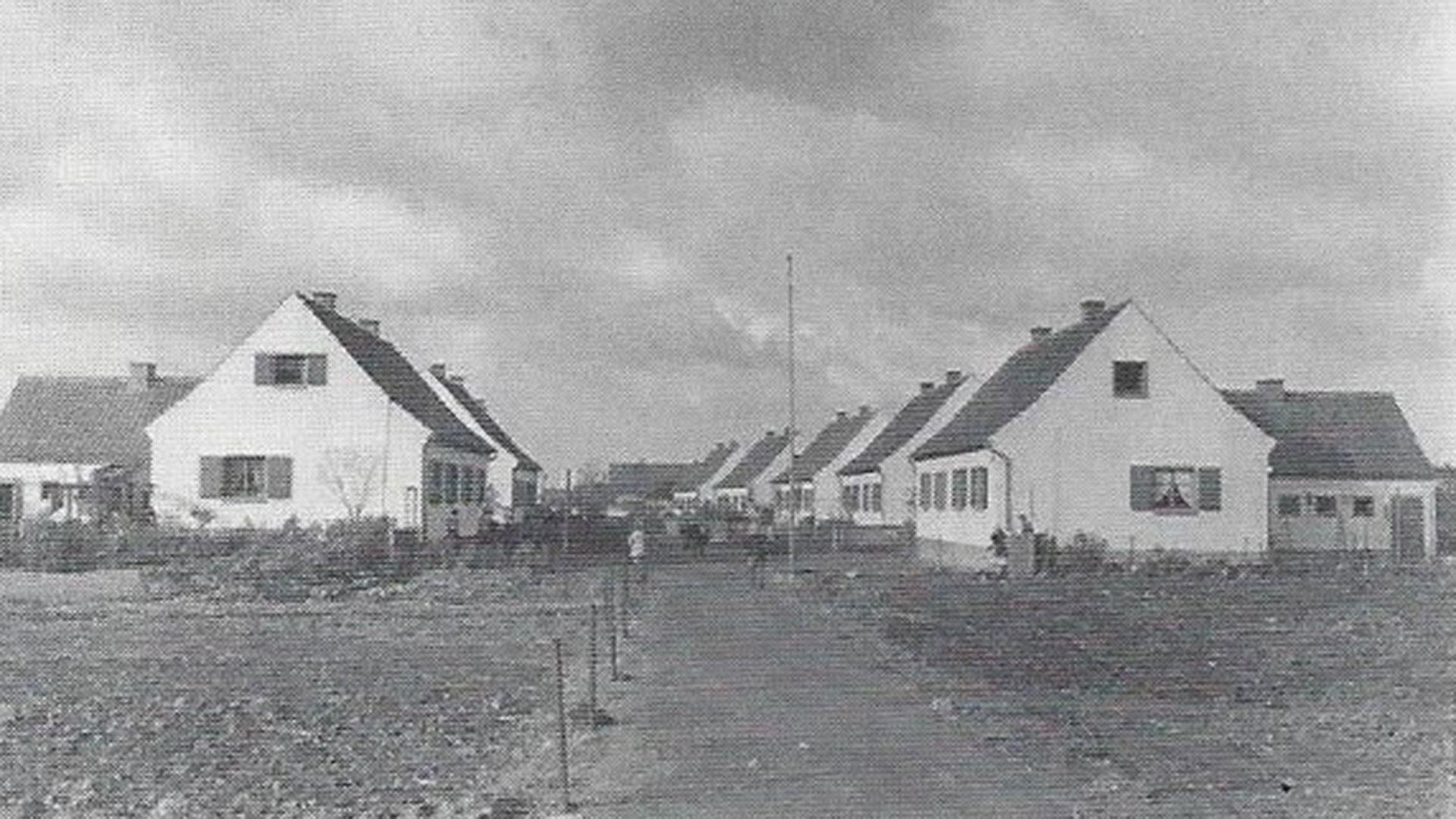 1936 – 1939